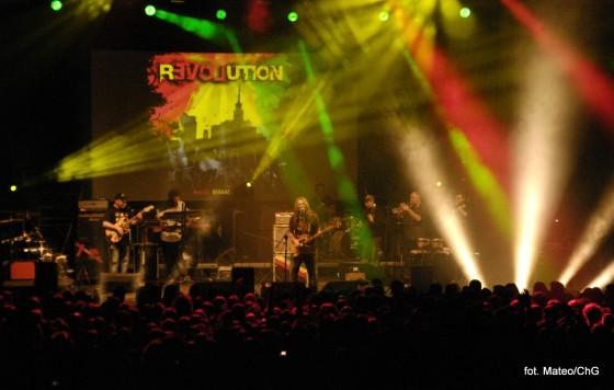 luxfest2013_revolution