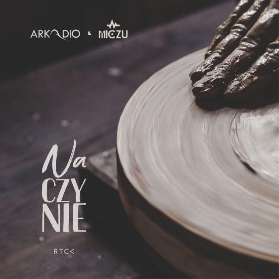 naCZYNIE - Arkadio+Micz